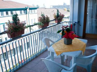 Bright apartment in the city center of Vittorio - Vittorio Veneto vacation rentals