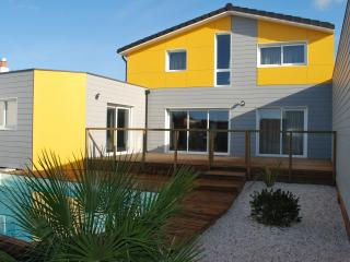 PHARE OUEST - La Rochelle vacation rentals