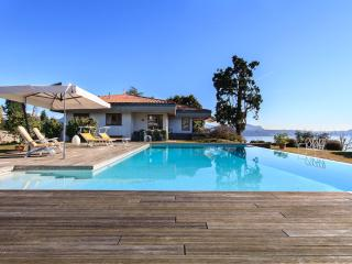 Panoramic villa with pool and views over the lake! - Pallanza vacation rentals