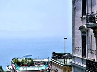 CASTOMHOUSE - Your own home in Naples... - Naples vacation rentals