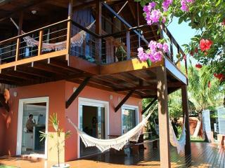 Bright 6 bedroom House in Porto Belo - Porto Belo vacation rentals