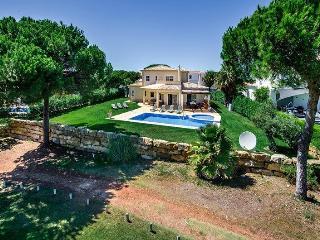 Charming Villa with DVD Player and Balcony - Vilamoura vacation rentals