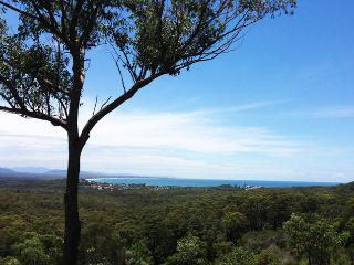 A Seascape Retreat - Yarrahapinni vacation rentals