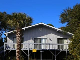 "1803 Mitchell St- ""McRackan"" - Edisto Beach vacation rentals"