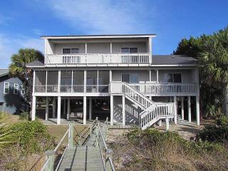 """3530 Yacht Club Rd - """"Sound Friends"""" - Edisto Beach vacation rentals"""
