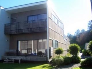 Beautiful location in Whitianga - 3 bedroom villa - Whitianga vacation rentals