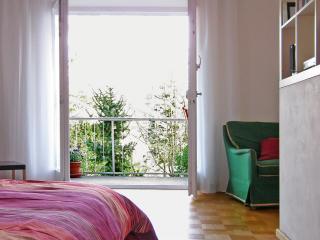 Vacation Apartment in Lindau - 377 sqft, 1 living room / bedroom, max. 2 people (# 6076) - Lindau vacation rentals
