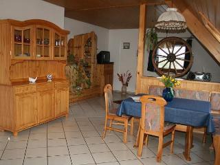 Vacation Apartment in Sankt Georgen im Schwarzwald - 807 sqft, 2 bedrooms, max. 6 persons (# 6222) - Unterkirnach vacation rentals