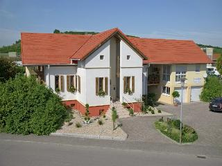 Vacation Apartment in Sasbach am Kaiserstuhl - 484 sqft, 1 living room / bedroom, max. 3 people (# 6421) - Sasbach vacation rentals