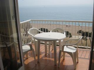 Ref. 132 Paseo Marítimo, Pineda de Mar - Pineda de Mar vacation rentals