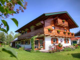 380 Sqft Vacation Apartment Inzell - well kept personell alpine horses - Inzell vacation rentals