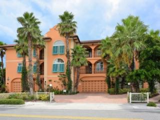 Bradenton Beach Club #C - Beachfront - 3 BR/2.5 BA - Bradenton Beach vacation rentals