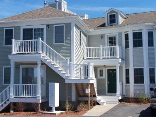 Ocean Cove Condo unit 3 West harwich 125340 - West Harwich vacation rentals