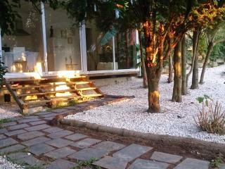The Backyard Bungalow - Vale da Silva Villas - Aveiro vacation rentals