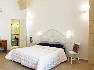 The Artist's Room - Nuvole Barocche B&B - Lecce - Lecce vacation rentals