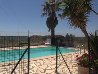 MAISON PISCINE JARDIN AU CALME - Cap-d'Agde vacation rentals