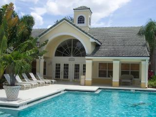 2 Bedrooms Condo available Winter 2016 - Fort Myers vacation rentals