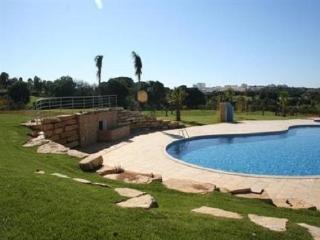 2 Bedroom Villa - Albufeira - Albufeira vacation rentals