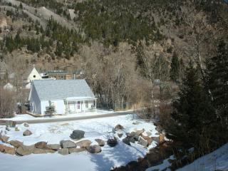 LIL COTTAGE: SKI LOVELAND, RAFT CLEAR CREEK - Silver Plume vacation rentals
