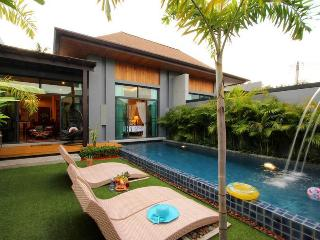 Villa Mali: 2 bedrooms private pool villa - Nai Harn vacation rentals