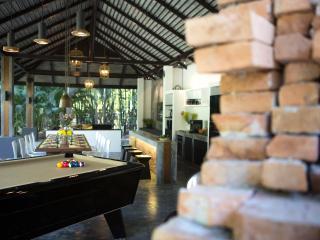 X2 Chiang Mai-South Gate Villa - Chiang Mai Province vacation rentals