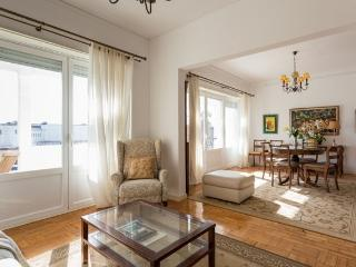 Carcavelos - Holiday Beach Apartment - Cascais vacation rentals