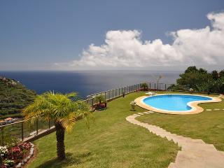 Calheta Plaza Sunset - Swimming Pool & Nice Views - Estreito da Calheta vacation rentals