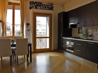 easyhomes Porta Romana Bocconi - 1 bdr, x 4 pp - Milan vacation rentals