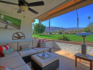 CAR8 - Rancho Las Palmas Country Club - 3 BDRM, 3.5 BA - Rancho Mirage vacation rentals