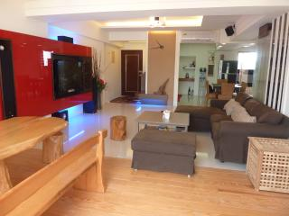 A large modern apartment in a great area of taitun - Taitung vacation rentals