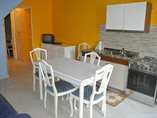 luminoso appartamento indipendente - Lascari vacation rentals