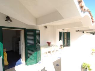 """Casa Vacanza """"Angela & Tonino"""" - Mattinata vacation rentals"""