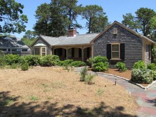 17 Grey neck Road in West Harwich 125331 - West Harwich vacation rentals