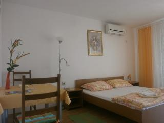 Studio Mestro with a Sea view 2a - Krk vacation rentals
