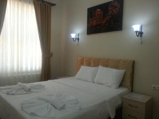 2 bedroom apartment sultanahmet upto 4 people - Istanbul vacation rentals
