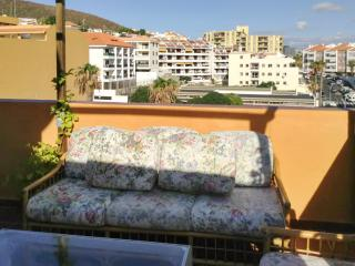 Two-bedroom apartment in Arona, Tenerife, with panoramic-view terrace - 170m from the beach! - Puerto de Santiago vacation rentals