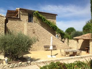 Large stone house,inside heated pool+infiniti out - Gordes vacation rentals