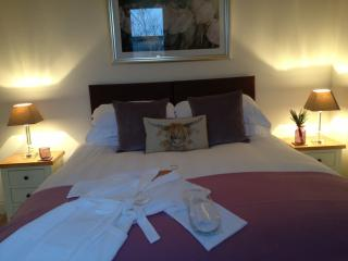 Wallace Cottage Lanark - Luxury self catering home - Lanark vacation rentals