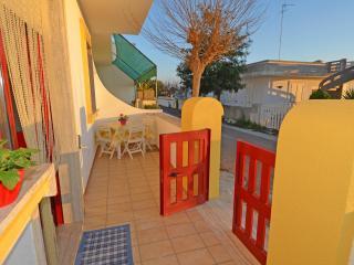 """Splendido quadrilocale """"Gardenia""""  a Torre Vado - Torre Vado vacation rentals"""