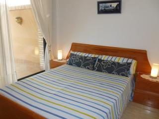 Unique Penthouse in complex with pool & near beach - Salou vacation rentals