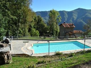 Borgo Mulino, Bimbini - Fabbriche di Vallico vacation rentals