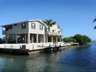 Beautiful House with A/C and Television - Islamorada vacation rentals