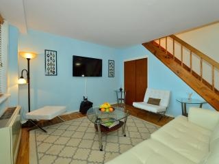 Penhouse 1Bedroom / Sleep 4 / Terrace / Elevator - New York City vacation rentals