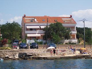 Apartment 2 Luci & Kety LUN, Pag - Lun vacation rentals