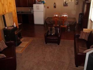 3 Bedroom House sleeps 10 - Georgetown vacation rentals