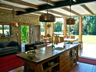 Queenstown paradise in rural setting close to town - Queenstown vacation rentals