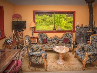 Hawaiian Sunrise Vacation House - Pahoa vacation rentals