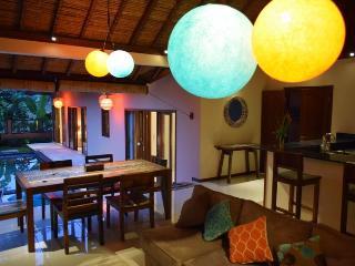 villa bulan madu 3 BR in rice field area Canggu - Canggu vacation rentals