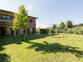 2 bedroom House with Internet Access in Corciano - Corciano vacation rentals