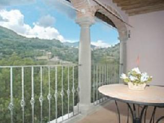 Perfect 4 bedroom Apartment in San Romano in Garfagnana - San Romano in Garfagnana vacation rentals